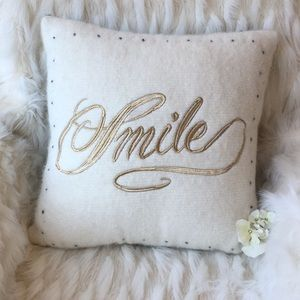 🆕Anthropologie Nubby Wool Smile Pillow
